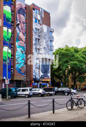 Berlin,Schöneberg, URBAN NATION artproject encourages street artists to decorate buildings in Bülowstrasse near - Stock Photo