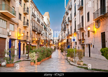 Street in La Kalsa or Mandamento Tribunali, the old Arab quarter of Palermo and one of the four historic centre - Stock Photo
