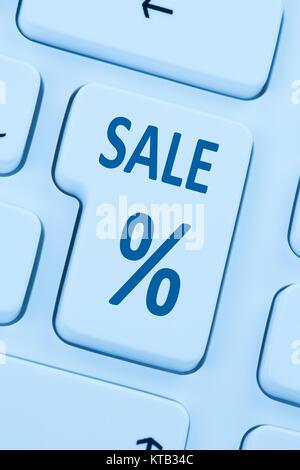 Sale Ausverkauf Online Shopping E-Commerce einkaufen Internet Computer blau web Tastatur - Stock Photo