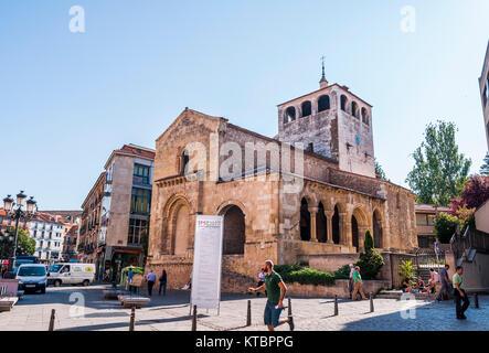 Iglesia de San Clemente. Segovia. Castilla León. España. Ciudad patrimonio de la humanidad. Unesco. - Stock Photo