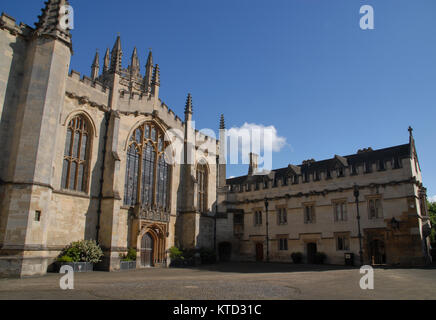 Oxford, United Kingdom - May 18, 2015: St. Johns Quad and chapel at Magdalen College - Stock Photo