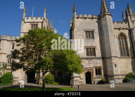 Oxford, United Kingdom - May 18, 2015: St. Johns Quad at Magdalen College - Stock Photo