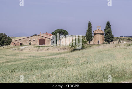 ORCIA VALLEY-MAY 31:View of the Vitaleta chapel ( on the right ), not far away from the town of Pienza, in the beautiful - Stock Photo