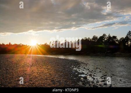 Sonnenuntergang, Isar bei Geretsried, Naturschutzgebiet Isarauen, Oberbayern, Bayern, Deutschland - Stock Photo