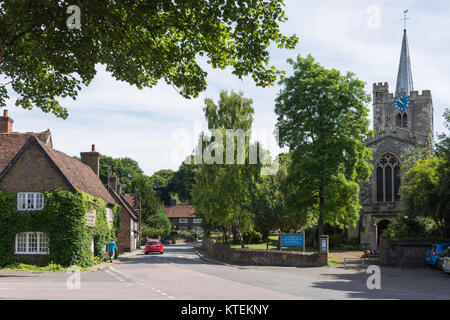 St Mary the Virgin Church, High Street, Ivinghoe, Buckinghamshire, England, United Kingdom - Stock Photo