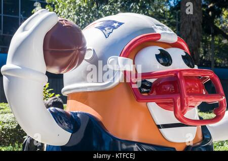 REFORMA AVENUE, MEXICO CITY, NOVEMBER 13, 2017 - NFL Ball Parade 2017 on the occasion of the match between Patriots - Stock Photo