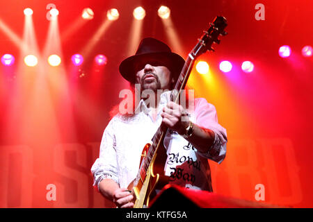 The American southern rock band Lynyrd Skynyrd performs a live at Oslo Spektrum. Here musician Gary Rossington on - Stock Photo