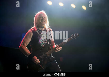Deep Purple perform at the O2 Arena  Featuring: Steve Morse Where: London, United Kingdom When: 23 Nov 2017 Credit: - Stock Photo