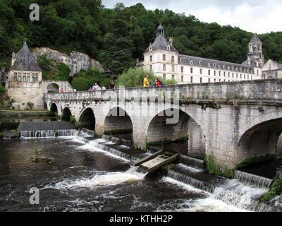 Brantome en Perigord, Abbaye de Saint Pierre de Brantome and City hall, La Dronne river, Dordogne, Nouvelle-Aquitaine, - Stock Photo