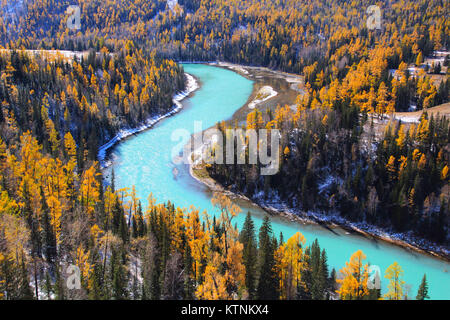 China. 27th Dec, 2017. CHINA-2017:(EDITORIAL USE ONLY. CHINA OUT) Autumn scenery of Kanas Lake in northwest China's - Stock Photo
