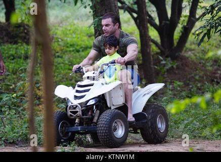 mumbai, india, 27 th Dec 2017:Sohal Khan enjoing the ride with son at salman khan panvel farm house for his elder - Stock Photo
