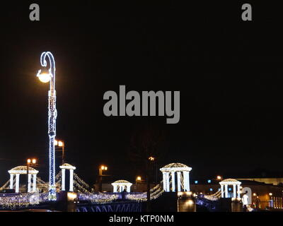 St Petersburg, Russia. 28th Dec, 2017. St Petersburg illuminated for the New Year 2018, St.Petersburg, Russia Credit: - Stock Photo