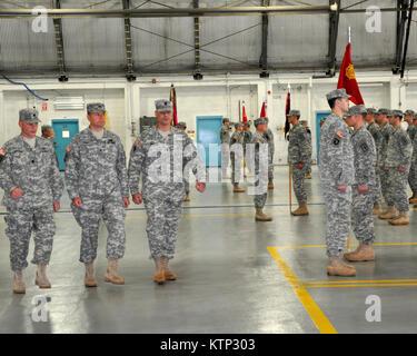 the new basic training army drops bayonet drills 5 mile runs ads