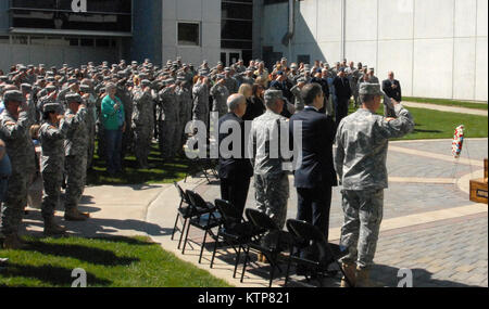 LATHAM, N.Y. -- New York National Guard Soldiers, Airmen and civilian employees honor America's fallen in a Memorial - Stock Photo