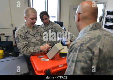 NIAGARA FALLS, NEW YORK - Airmen from the New York Air National Guard train during a week-long Emergency Management - Stock Photo