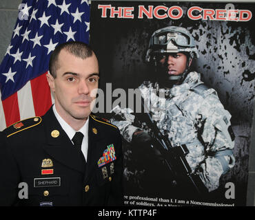 LATHAM, N.Y.-- Sgt. 1st Class William Shepard of Company A, 642 Aviation, a native of East Aurora, N.Y., competed - Stock Photo