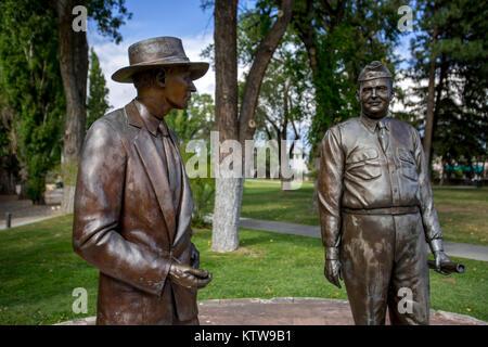 Statues of General Leslie R. Groves and Dr. J. Robert Oppenheimer - Stock Photo