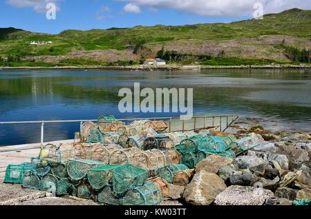 Scotland, highlands, Kylesku, lobster baskets in the hole Gleann Dubh, Schottland, Highlands, Hummerkörbe am Loch - Stock Photo