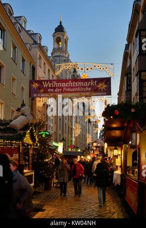 Dresden, coin lane, Christmas fair in the Church of Our Lady , Münzgasse, Weihnachtsmarkt an der Frauenkirche - Stock Photo