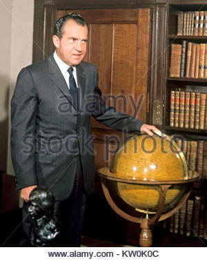 Embargoed to 0001 Friday December 29 File photo dated 24/02/69 of Richard Nixon, as papers released by the National - Stock Photo