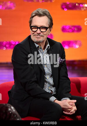 EMBARGOED TO 0001 FRIDAY DECEMBER 29 Gary Oldman appearing on the Graham Norton Show filmed at the London Studios, - Stock Photo