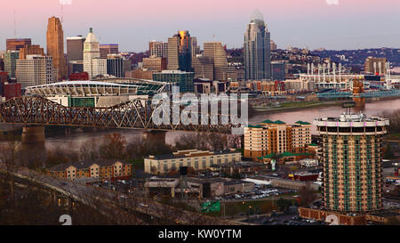 A View of the Cincinnati, Ohio skyline at twilight - Stock Photo