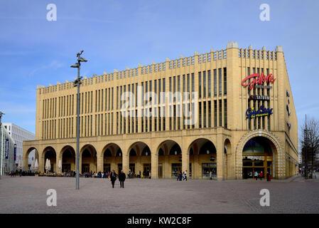 Chemnitz, department store gallery red tower in the new market, Warenhaus Galerie Roter Turm am Neumarkt - Stock Photo