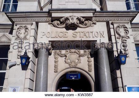 Police Station - entrance to Digbeth Police Station in central Birmingham, West Midlands, UK. - Stock Photo