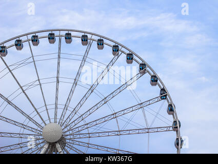 Oceanfront Sky Wheel on the Myrtle Beach boardwalk. The Sky Wheel is 187 ft tall making it one of the largest ferris - Stock Photo