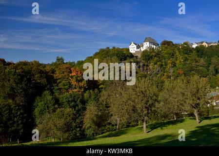 The middle Erzgebirge, castle Cloud stone about the Zschopautal, Mittleres Erzgebirge, Schloss Wolkenstein über - Stock Photo