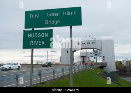 Troy Green Island bridge over Hudson River Troy ny - Stock Photo