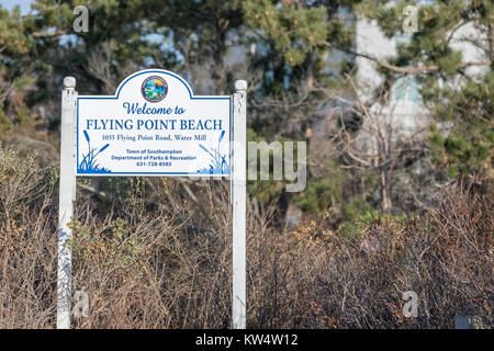 welcome sign to flying point beach in water mill, ny - Stock Photo