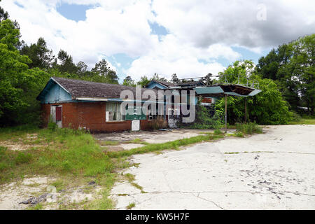 Old deserted and abandoned empty road lost somewhere in post-soviet Stock Photo, Royalty Free ...