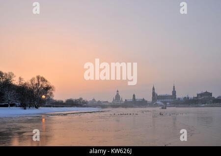 Canalettoblick, panorama, terrace shore, Augustusbr?cke, Dresden, Panorama, Terrassenufer, Augustusbrücke - Stock Photo