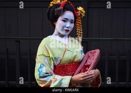 Japan, Honshu island, Kansai region, Kyoto, Gion, Geisha area - Stock Photo