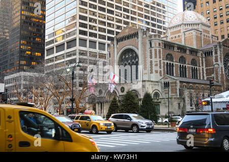 Saint Bartholomew's Church, Park Avenue, NYC - Stock Photo