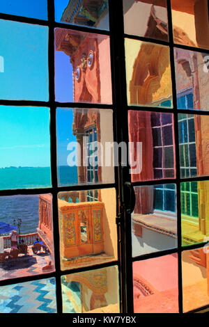 Window at the Ca D'Zan Ringling mansion in Sarasota - Stock Photo