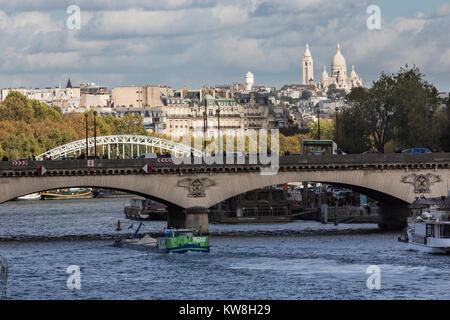 Pont d'Iena, River Seine, Sacré Cueor, Montartre, Paris, France