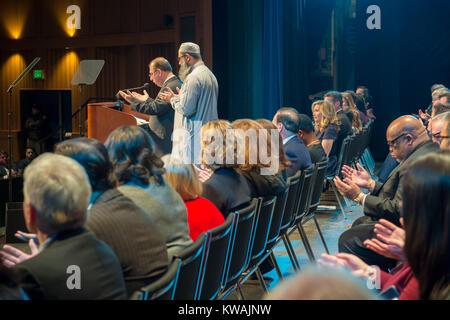 Hempstead, New York, USA. 1st Jan, 2018. Hempstead, New York, USA. January 1, 2018. L-R at far right of stage, HAFIZ - Stock Photo