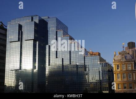 Northern & Shell Postmodern Skyscraper Office, Completed 1985. City of London, UK. December, 2017. - Stock Photo