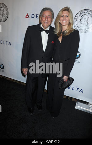 NEW YORK, NY - OCTOBER 07:  Tony Bennett, Susan Crow attends the Friars Foundation Gala honoring Robert De Niro - Stock Photo