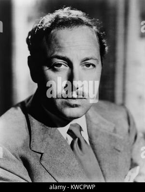 Tennessee Williams, playwright of 20th century American classics in 1952. His works include: The Glass Menagerie; - Stock Photo