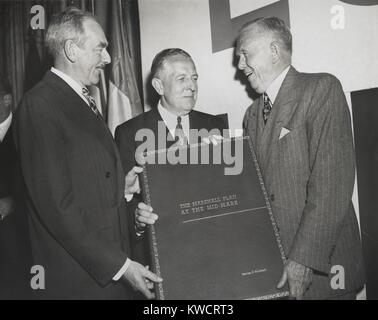 Celebration of the 2nd Anniversary of the Marshall Plan. Secretary of State Dean Acheson (left) and Economic Cooperation - Stock Photo