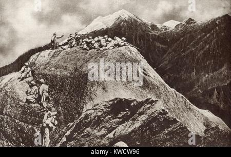 World War 1 in the Italian and Austria Alps. Austrian sharpshooters deployed on cliffs overlooking the Isonzo River - Stock Photo