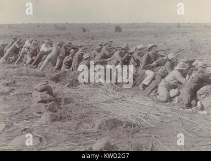 Boer soldiers in their shallow trench during the 217-day Siege of Mafeking, in the Boer War. From Oct 1899 to May - Stock Photo