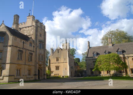 Oxford, United Kingdom - May 18, 2015: President´s Lodgings at Magdalen College - Stock Photo