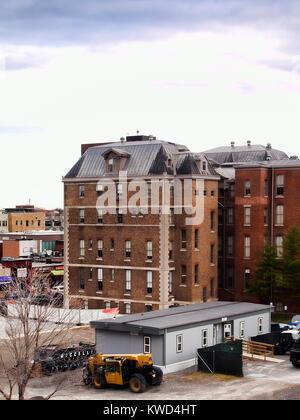Syracuse, New York, USA. December 28, 2017. Huntington Hall buildings on Marshall Street on the Syracuse University - Stock Photo