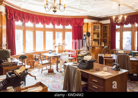 Main operation room in Bletchley Park Mansion, Bletchley Park, Sherwood Drive, Bletchley, Milton Keynes, Buckinghamshire, - Stock Photo