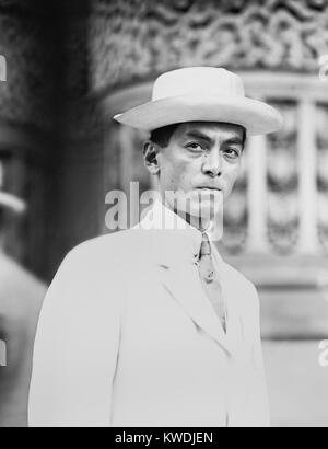 Manuel Quezon in 1912 when he was Resident Commissioner of the Philippines. He was in the US attending the Democratic - Stock Photo