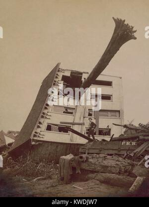 A house wrecked in the Johnstown Flood of May 31, 1889. The building lies on its side in a pile of rubble with a - Stock Photo